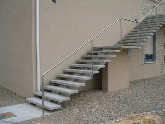 Escalier marche marche guillot pr fa pr fabrication de produits b ton - Escalier beton lisse ...
